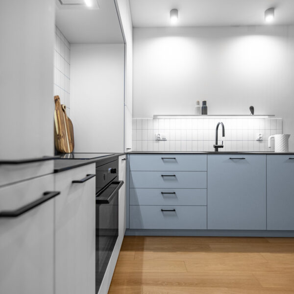 kuchnia z płyty Forner Velvet ultramat niebieski i biały
