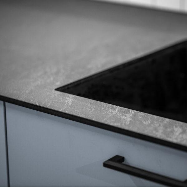 cienki blat kompaktowy czarny 3190 Forner