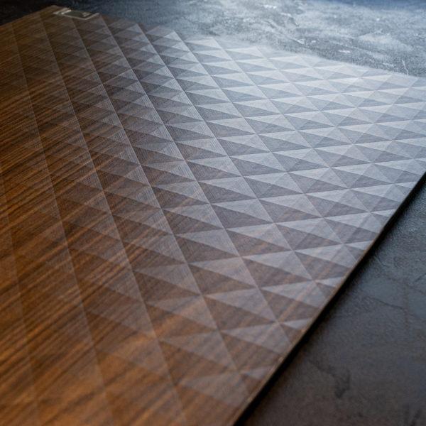 Cleaf Cheope - nowa geometryczna struktura w ofercie płyty meblowe Forner