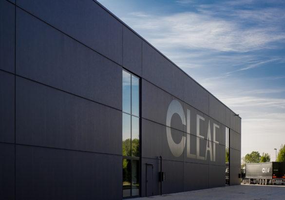 Front siedziby włoskiej fabryki płyt dekoracyjnych Cleaf