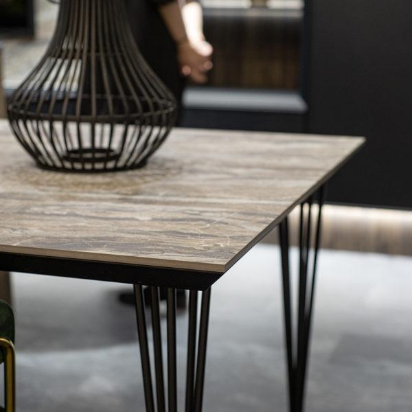 designerski stół - cienki blat kompaktowy Forner OL03 Agat