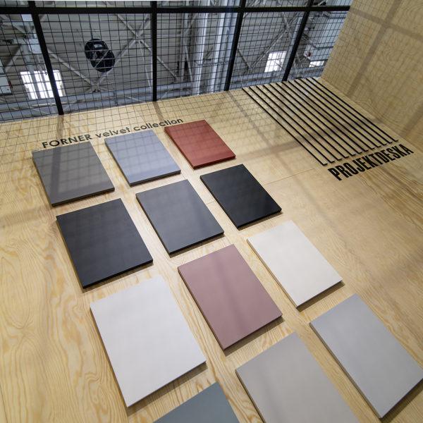 kolekcja frontów Velvet ultramat Forner do kuchni Ikea na stoisku Projekt Deska