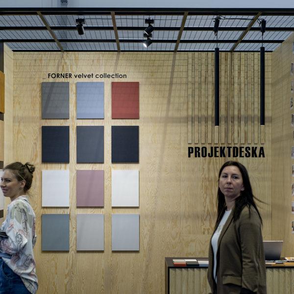 kolorystyka płyt Velvet ultramat Forner do kuchni Ikea na stoisku Projekt Deska