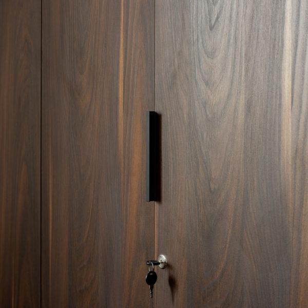 słoje sosny szkockiej - meble gabinetowe z włoskiej płyty dekoracyjnej Cleaf Yosemite S013 Old Jack od Forner