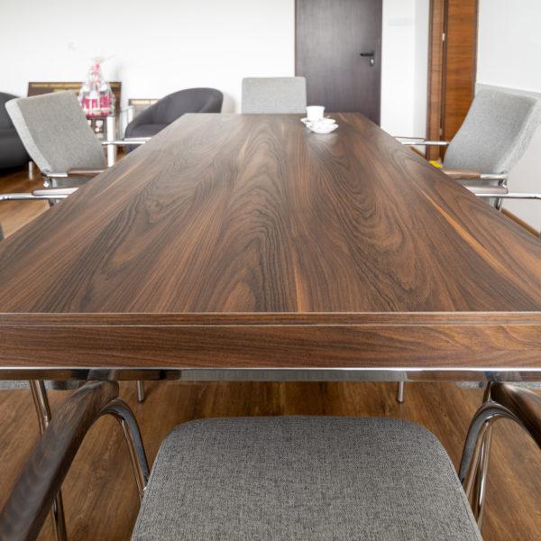 stół z włoskiej płyty dekoracyjnej Cleaf Yosemite S013 Old Jack - słoje sosny szkockiej