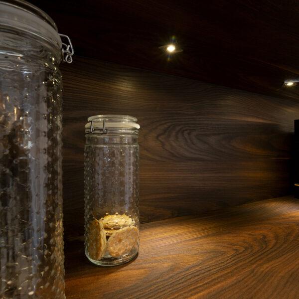 Forner Yosemite - dekoracyjna płyta meblowa o długich słojach drewna sosna szkocka