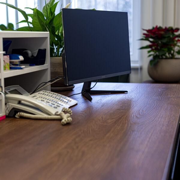 blat biurka z płyty Forner Pembroke