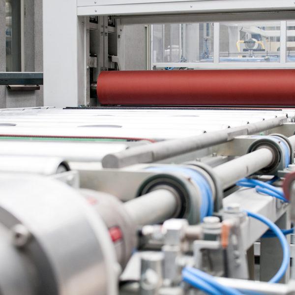 Maszyny do produkcji płyt meblowych