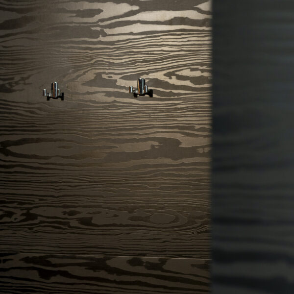 okładzina ścienna z włoskiej płyty meblowej Millennium U129 nero