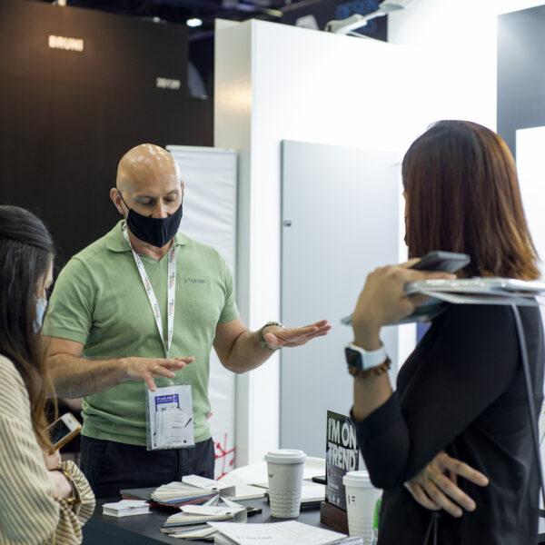 producent płyt meblowych na Index Dubaj